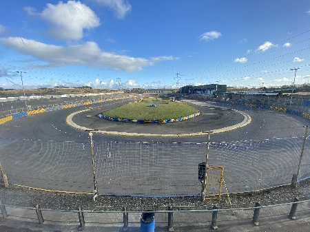 Hire the oval at Lochgelly Raceway for 3 hours with upto 4 cars. Available on any day you choose subject to availability. Only available for Stock Cars.